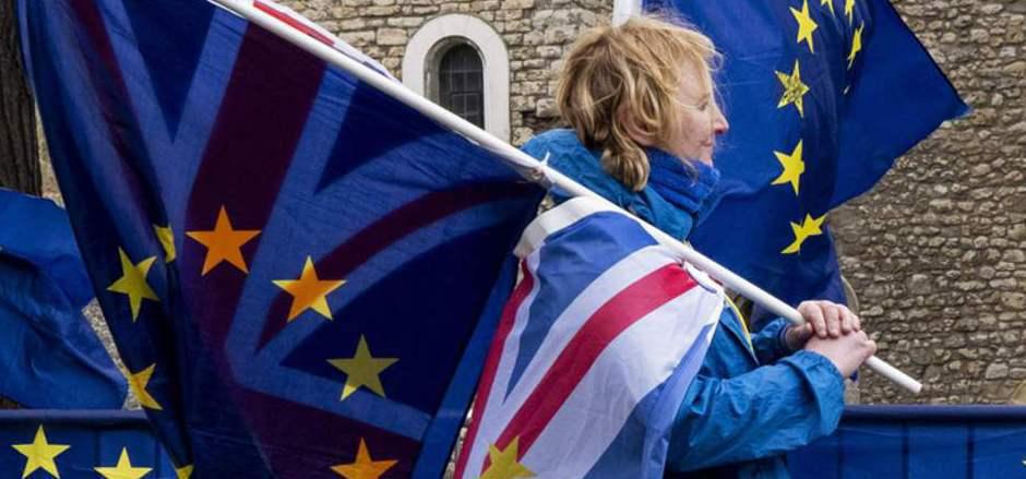 Weiterhin droht ein ungeregelter Austritts Großbritanniens.