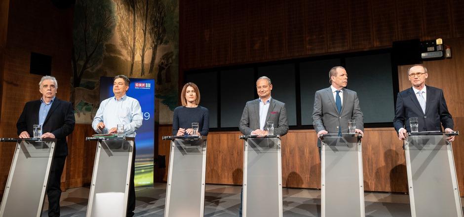 Johannes Voggenhuber (JETZT), Werner Kogler (Die Grünen), Claudia Gamon (NEOS), Andreas Schieder (SPÖ), Harald Vilimsky (FPÖ) und Othmar Karas (ÖVP) bei der Diskussion im Radiokulturhaus.
