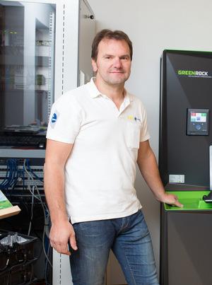 """""""Wir brauchen in Tirol keinen Boom der Photovoltaik, der nach seiner Zeit wieder einbricht"""", meint Martin Kollnig (Unternehmer)."""