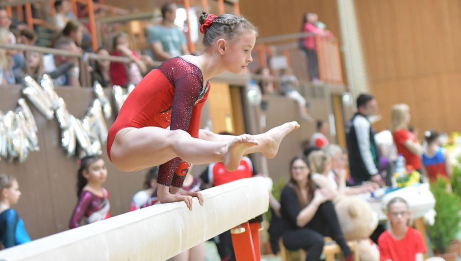 Tirols Turnnachwuchs (Bild: Rosa Schwaninger) zeigt am Samstag in der Sporthalle Hötting West sein Können.