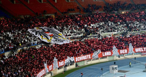 40400 Zuschauer machten im Happel-Stadion ordentlich Stimmung.