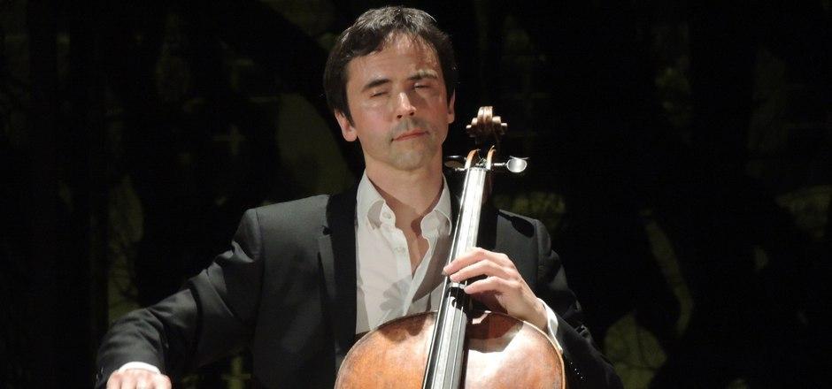 Selig versunken mit Johann Sebastian Bach: Jean-Guihen Queyras ist ein mit dem Glück des Findens ausgestatteter Suchender.