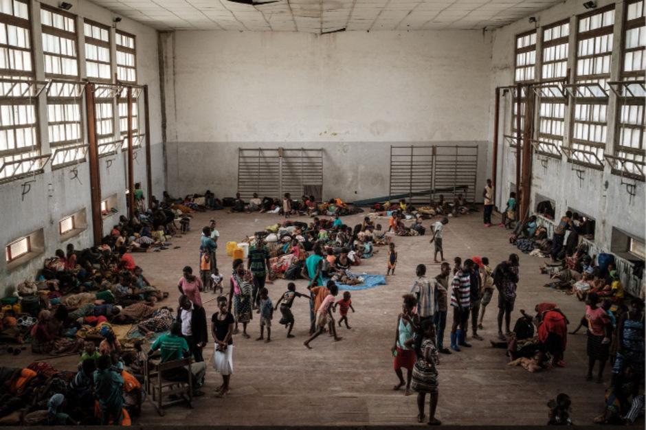 """Mindestens 110.000 Menschen kamen nach Zyklon """"Idai"""" in Notunterkünften unter."""