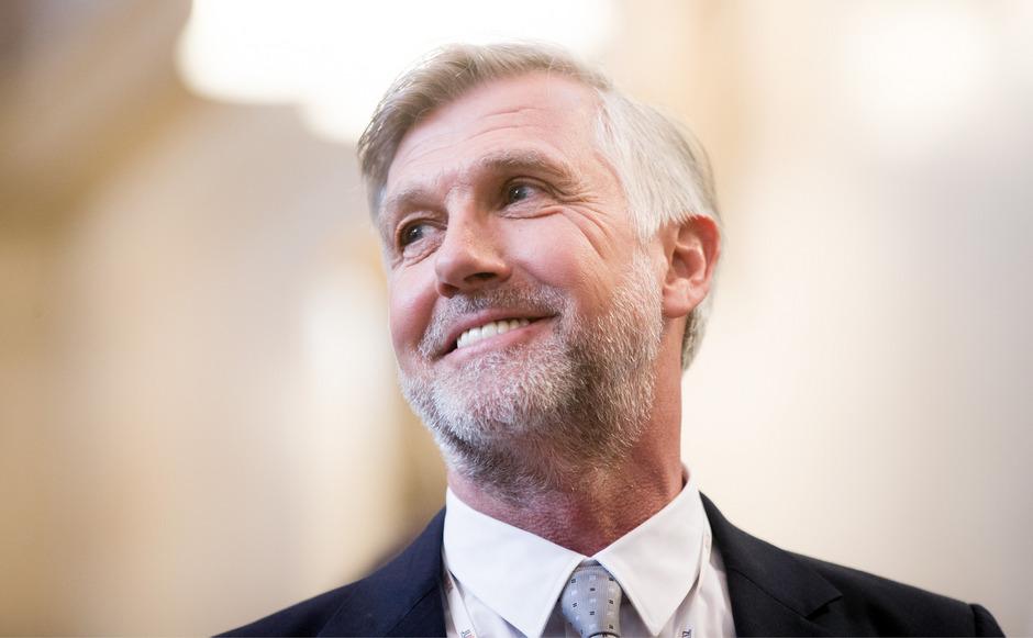 """Walter Meischberger nennt Georg Dornauer einen """"talentierten und interessanten Politiker""""."""