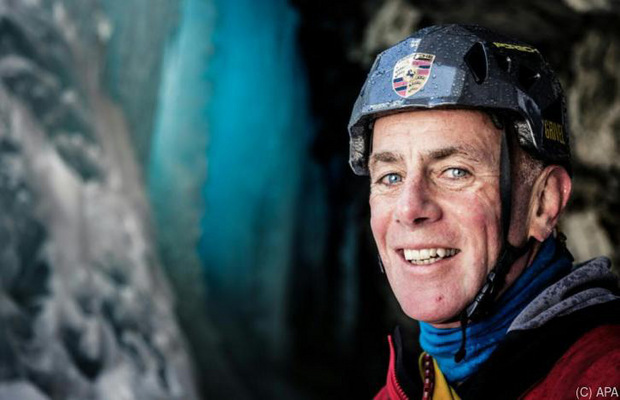 Schon als Jugendlicher kletterte der Salzburger Thomas Bubendorfer (1962 geboren) erste Wände Free Solo. Es folgten viele weitere seilfreie Alleinbesteigungen. 2017 stürzte er beim Eisklettern mit Seil ab und verletzte sich schwer.