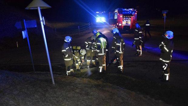 22 Mann der Freiwilligen Feuerwehr Mieming waren zu dem Feuer bei der Mötzer Landesstraße ausgerückt.
