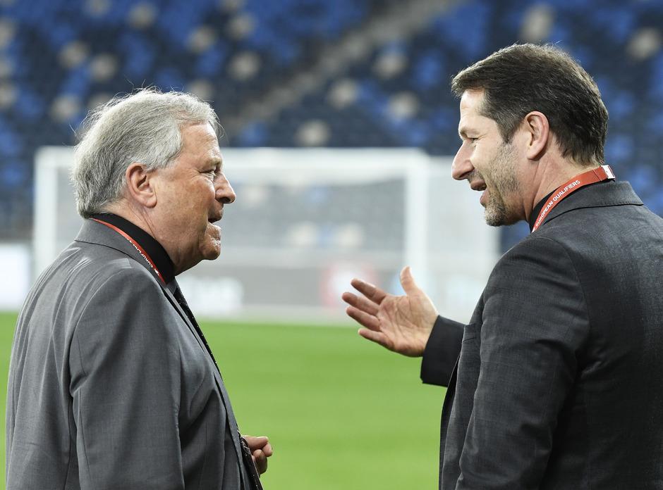 Haben Gesprächsbedarf: Teamchef Franco Foda und ÖFB-Präsident Leo Windtner (l.).
