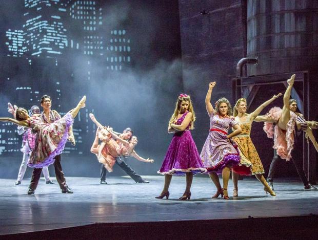 """Das berühmte Musical  um die Rivalität der Shark und Jets, """"West Side Story"""" ist am Freitag im Landestheater zu sehen."""
