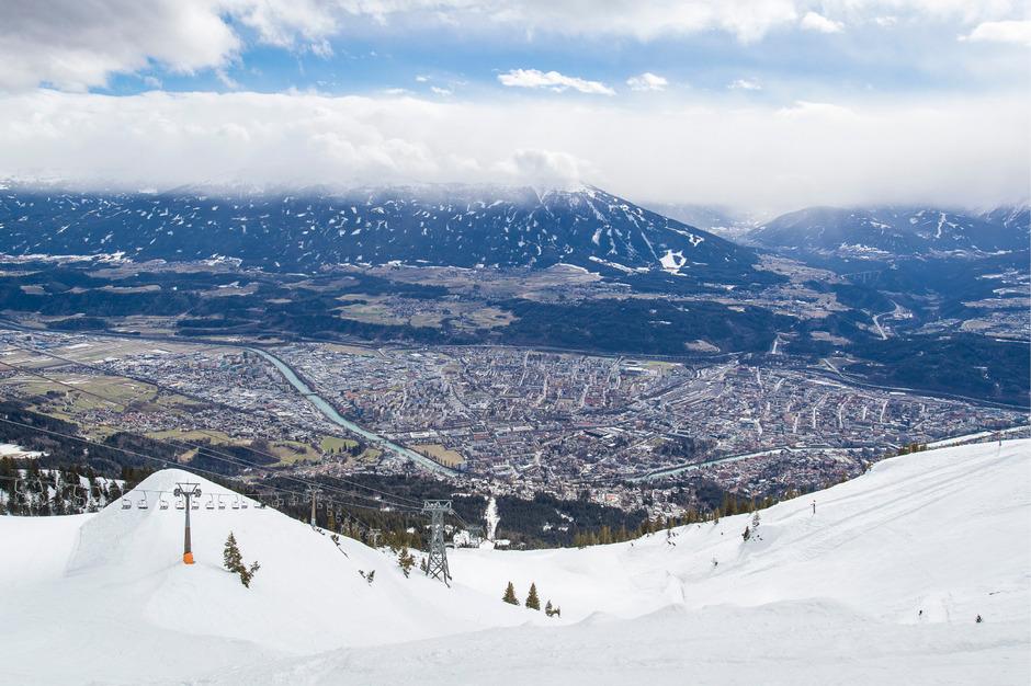 Wie kann man die Luft in und über Innsbruck besser machen? Darüber wurde gestern im Gemeinderat heftig diskutiert.