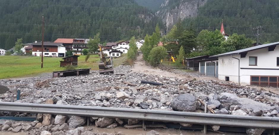 Der Schnannerbach sorgte 2018 für große Zerstörungen in Pettneu – heuer ist er eine der großen Baustellen der Wildbach- und Lawinenverbauung im Bezirk Landeck.