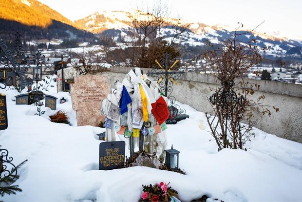 Peter Aufschnaiters Grab in Tirol.