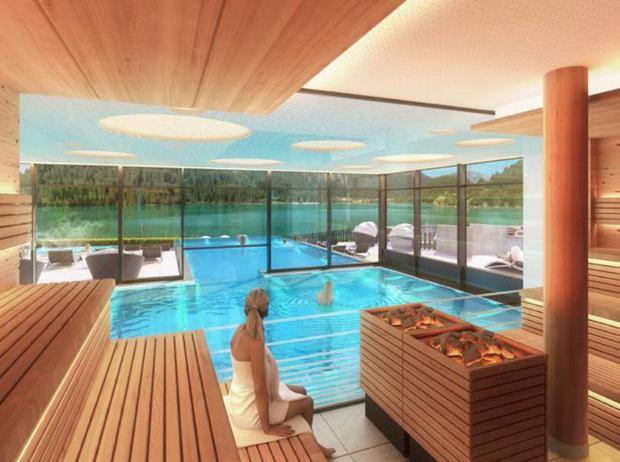 """Mit einem Millionenaufwand werden im Tannheimer Tal Wohlfühloasen für Urlauber geschaffen: Sauna mit Seeblick im neuen Hotel """"haldensee"""" in Haller."""