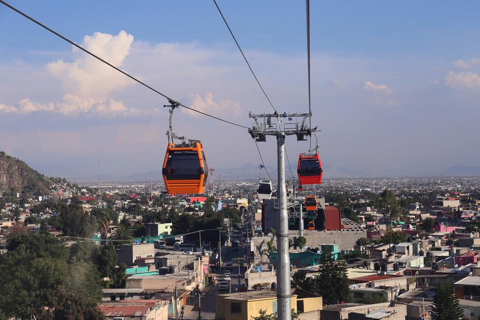 Leitner baut auch Stadtseilbahnen, wie hier in Mexico City.