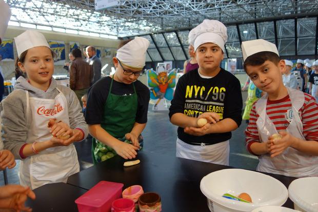 """Die Veranstaltung """"Guten Appetit!"""" sollte Kinder spielerisch an Berufe heranführen."""