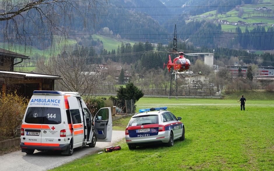 Kleinkind In Stumm Von Auto überrollt In Klinik Verstorben