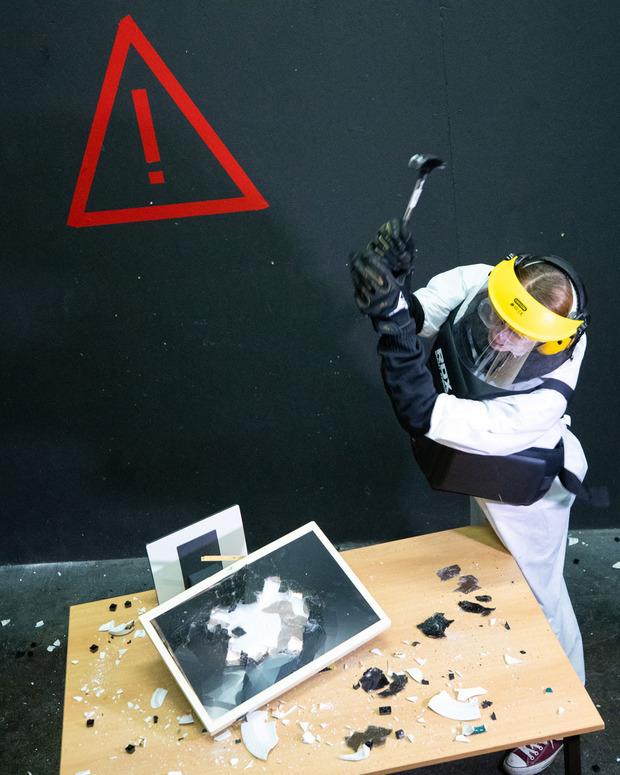 Ab 39 Euro kann man im Destruction Room seiner Zerstörungswut freien Lauf lassen.