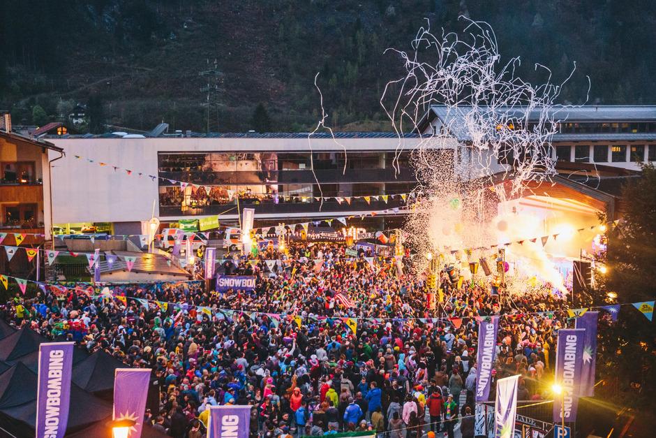 Während die Straßenparty am Dienstag gratis ist, müssen Snowbomber für die restliche Festival-Woche tief in die Tasche greifen.