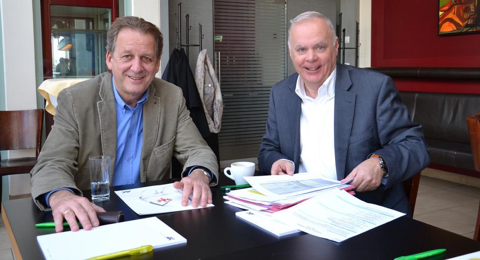 AK-Chef Erwin Zangerl (l.) und Werner Salzburger, Obmann der Tiroler Gebietskrankenkasse.