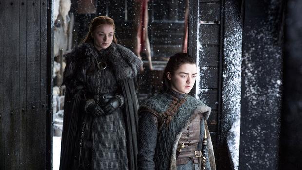 Sansa und Arya sind nach Jahren wieder auf Winterfell vereint.