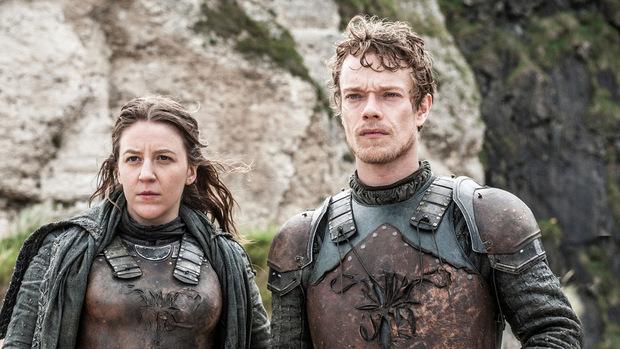 Asha und Theon Greyjoy schließen sich Daenery an.