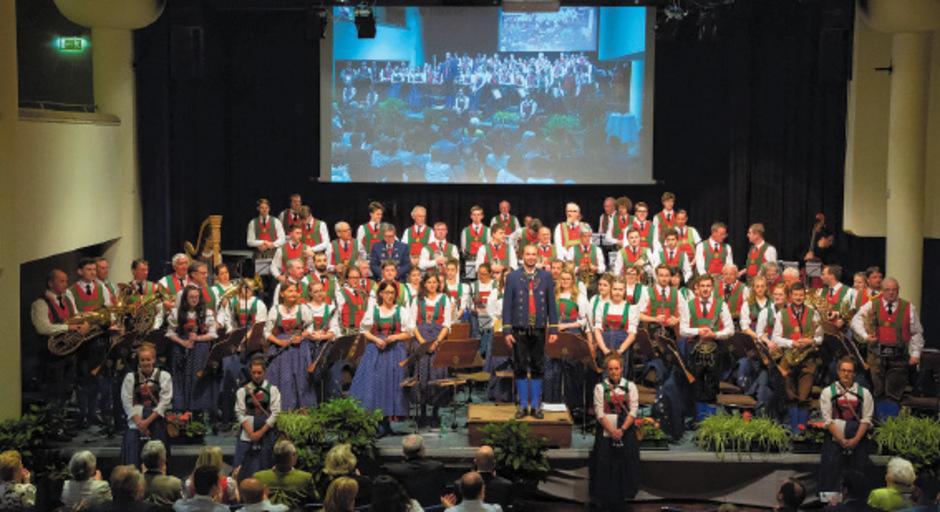 Die Speckbacher Stadtmusik Hall hat sich fürs Frühjahrskonzert viel vorgenommen.