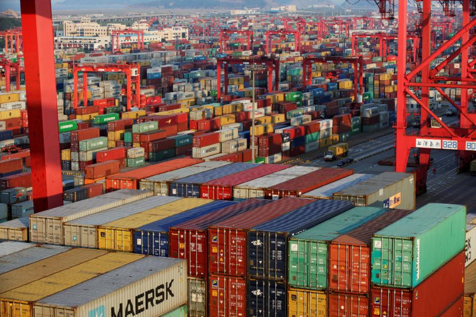 Auf die EU und China entfallen zusammen zwei Drittel der weltweiten Wirtschaftsleistung.  ( Hafen von Shanghai, Symbolfoto)