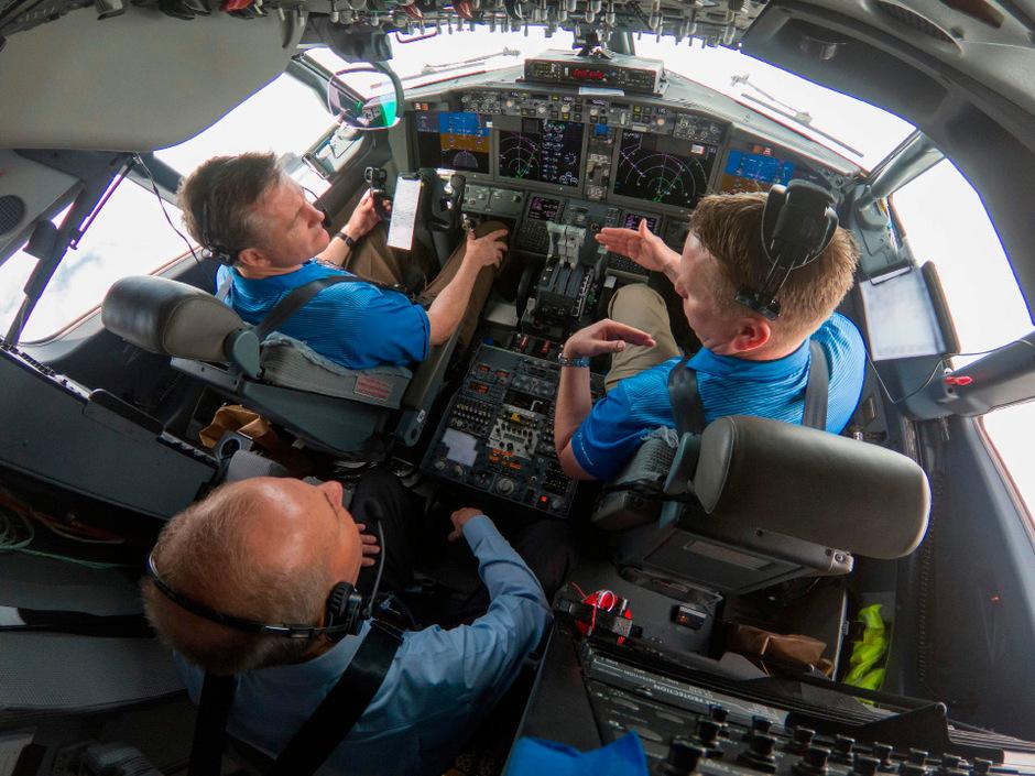 Im Cockpit einer Boeing 737 MAX.