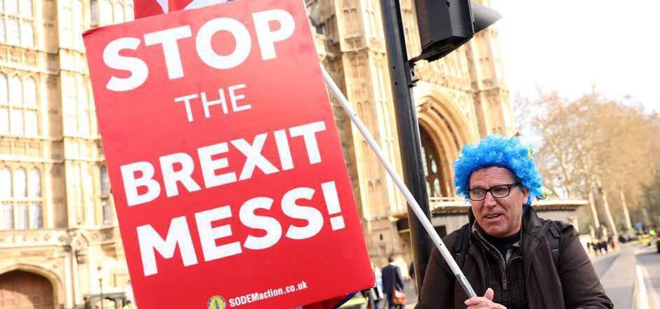 Sowohl Befürworter als auch Gegner des Brexits demonstrieren regelmäßig in London.