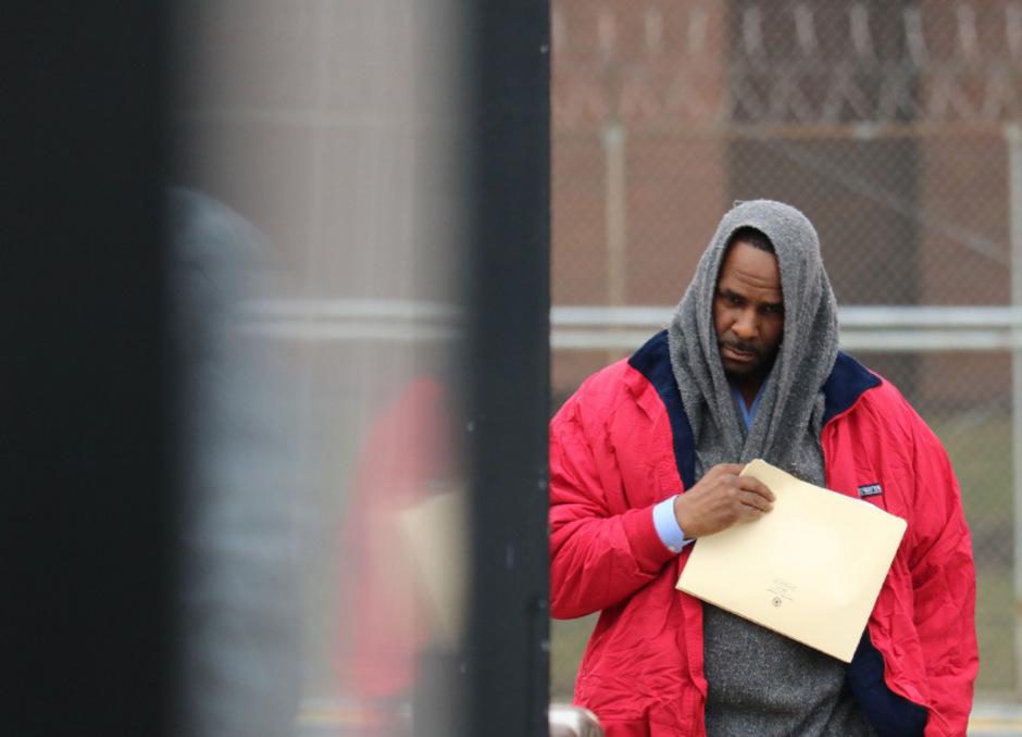 R. Kelly nach der Entlassung aus dem Gefängnis: Anfang März wurde der 52-Jährige vorübergehend festgenommen, nachdem er Unterhaltszahlungen für seine Kinder schuldig geblieben war.