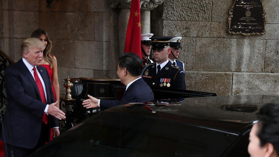 US-Präsident Trump beim Empfang des chinesischen Präsidenten Xi Jinping.