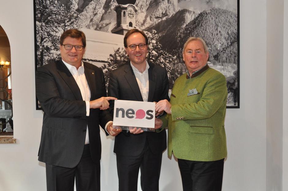 Am NEOS-Standpunkt hat sich seit der Landtagswahl 2018 (Bild) nichts geändert: Markus Moll, Dominik Oberhofer, Heinz Kotz (v.l.) treten für den Bau eines großen Tunnels ins Inntal ein.