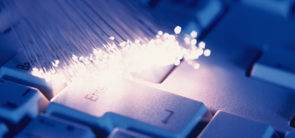 n Tirol betreut die Breitbandserviceagentur die Gemeinden und koordiniert die Glasfaserversorgung.