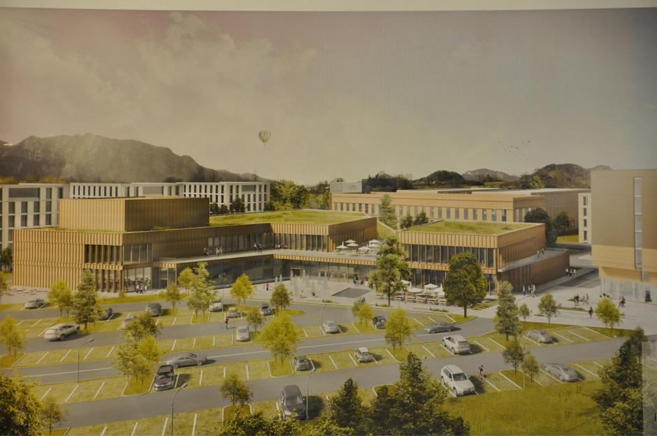"""In den nächsten drei bis vier Jahren entsteht im Bayerischen Kiefersfelden auf 40.000 Quadratmetern das Großprojekt """"Kaiserreich""""."""