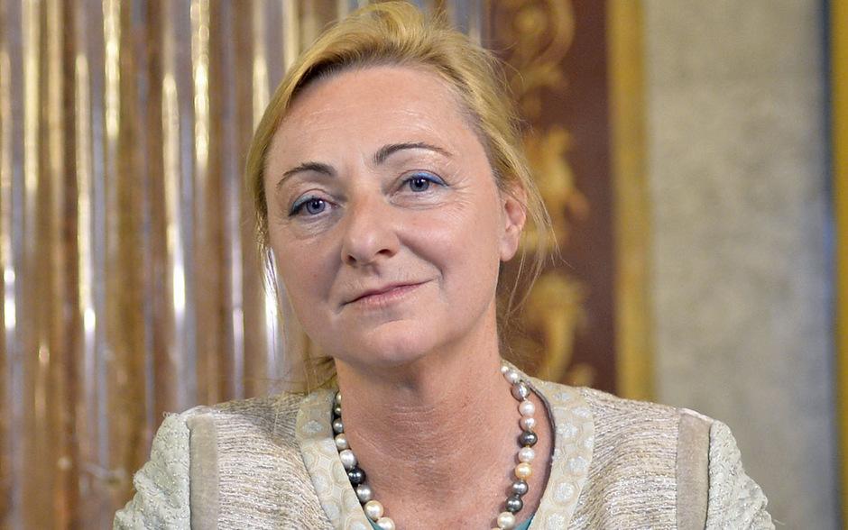 """Laut einem """"profil""""-Bericht erhielt das von Barbara Kolm geleitete """"Austrian Economics Center"""" Spenden von zwei Tabakkonzernen. Von der FPÖ war die Tirolerin in den Gesundheitsausschuss geladen worden."""
