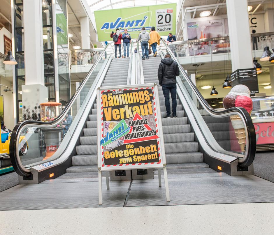 Aus Fur Mobelmarkt Avanti In Innsbruck Tiroler