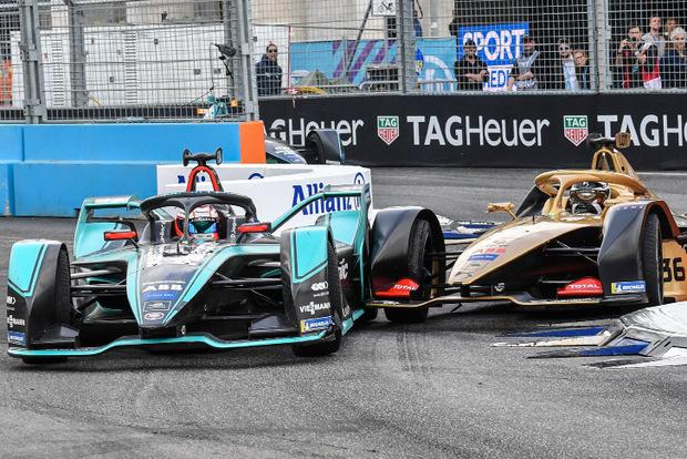 Jaguar vor Techeetah: Mitch Evans beim Überholen von Andre Lotterer.
