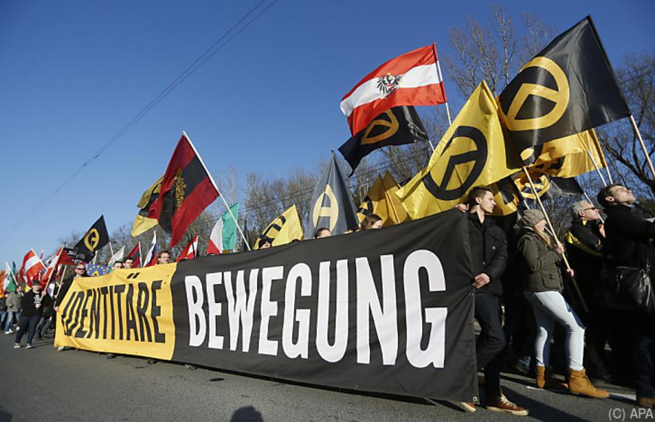 In Tirol versuchten die Identitären bei den rechtspatriotischen Kreisen anzudocken.
