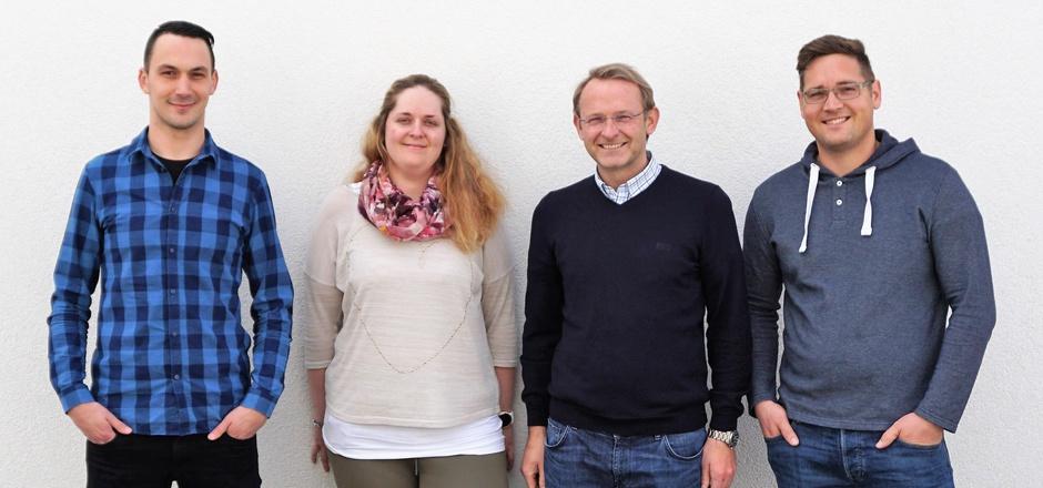 Nermin Cenanovic, Silvia Hebein, Johannes Schaubensteiner und Simon Plautz (v.l.) führen das Institut für Traumapädagogik.