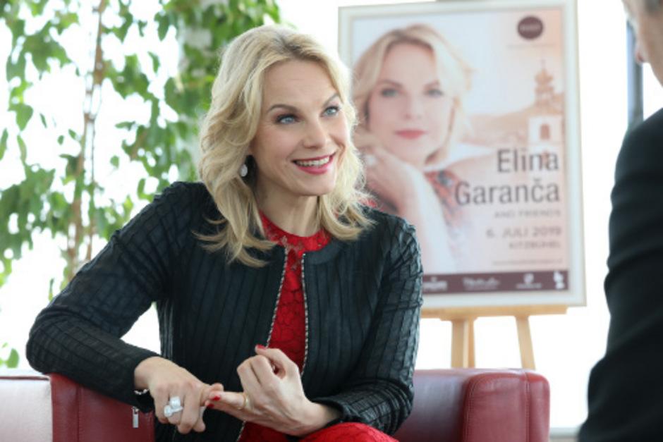 """Elina Garanca wird am 6. Juli zum siebten Mal beim """"Klassik in den Alpen"""" in Kitzbühel auftreten."""