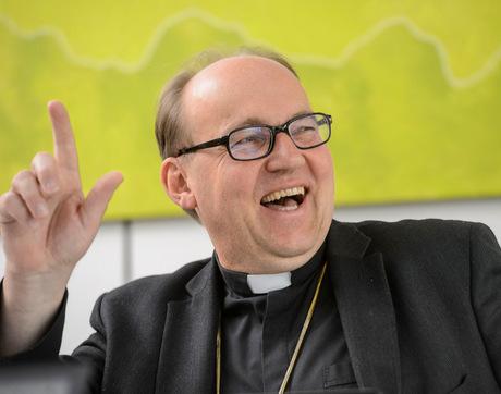 Bischof Glettler bereitete der TT-Chat auch sichtlich Freude.