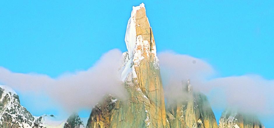 Der 3128 Meter hohe Cerro Torre.