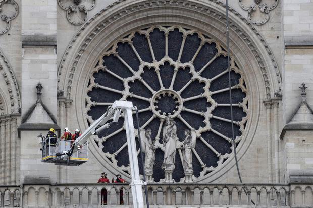 Das Rosenfenster im Süden von Notre-Dame.