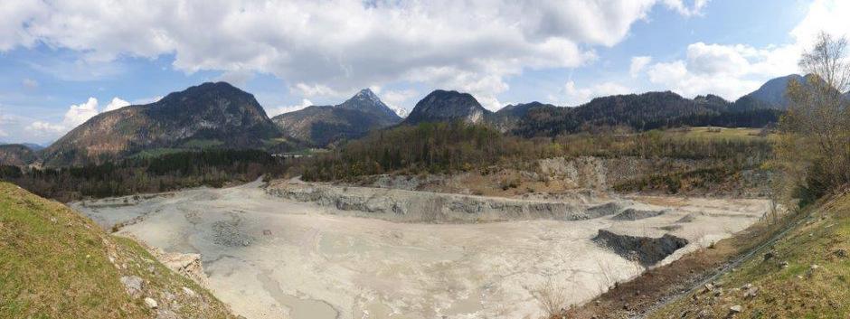 Auf vier Hektar soll im ehemaligen Steinbruch eine Baurestmassendeponie entstehen.