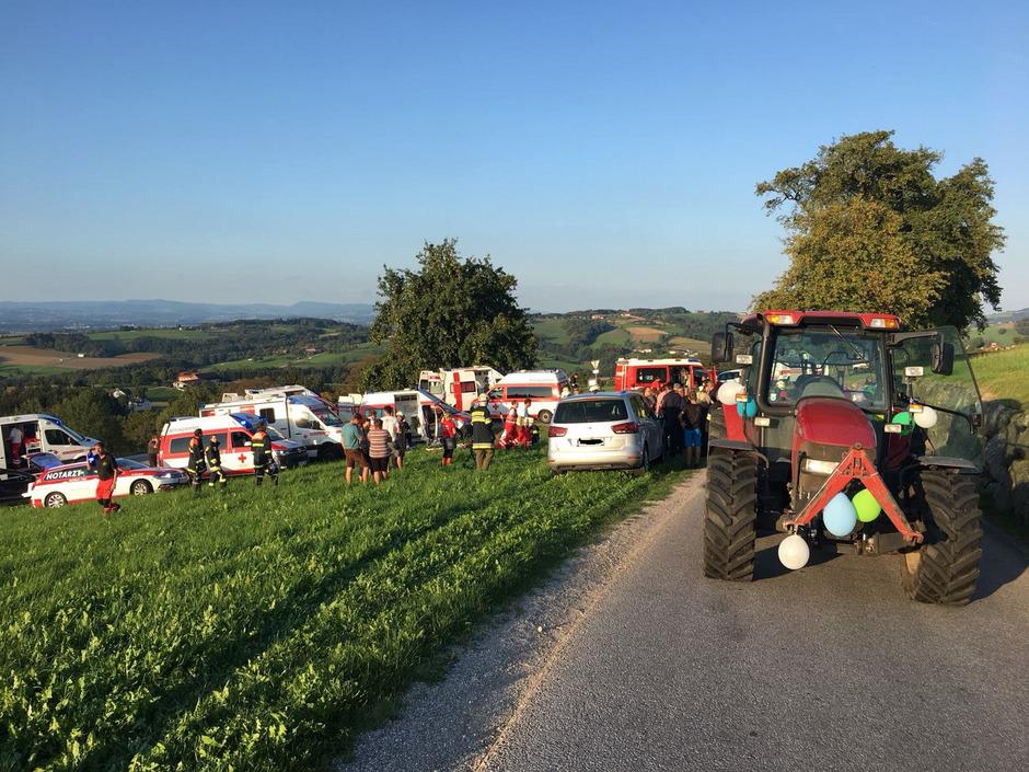 Der tödliche Unfall führte zu einem Großeinsatz für die Rettungskräfte in Amstetten.