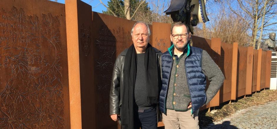 Die zwei geistigen Väter des Totentanzes: Wilfried Schmickler (l.) und Markus Thurner.