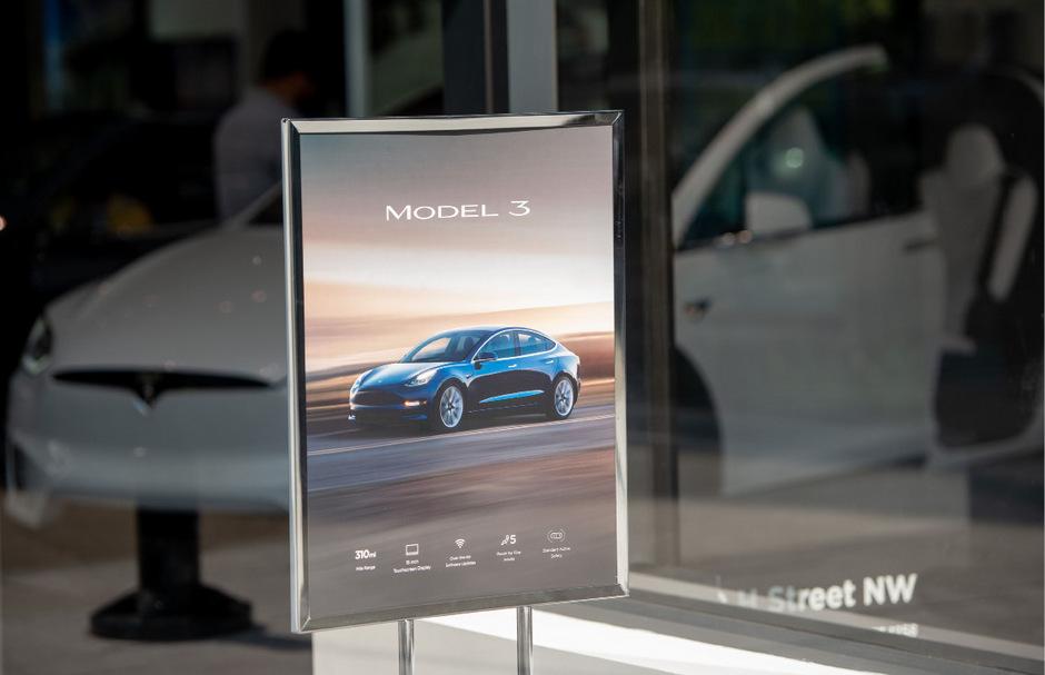 Der Verkauf aus Stores ist bei Tesla bald Geschichte.
