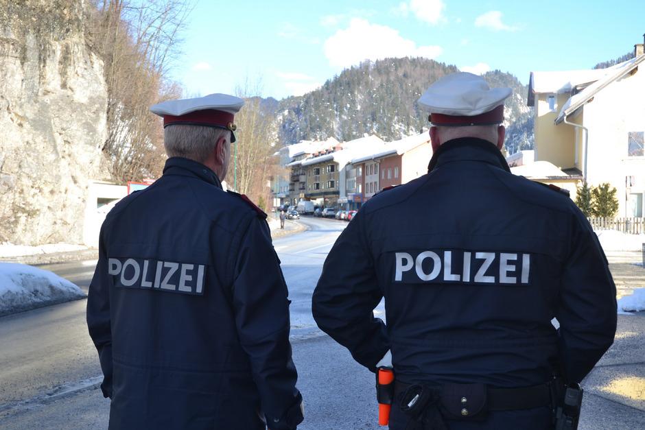Die Kufsteiner Stadtpolizisten müssen nicht nur über 13.000 Akten im Jahr wälzen, sie sorgen auch für mehr Sicherheit.