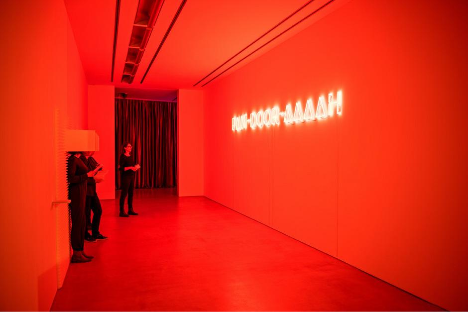 """Die von Nina Tabassomi kuratierte Schau """"Sex"""" zählte mit wöchentlich rund 350 Besuchern zu den erfolgreichsten Taxispalais-Ausstellungen."""