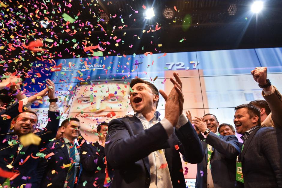 Volodymyr Selenskyj bekam eine satte Mehrheit der Stimmen in der Stichwahl mit Petro Poroschenko. Nun muss er regieren.