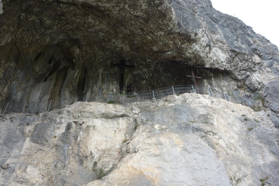 Der Steig zur eindrucksvollen Kaiser-Max-Grotte wurde mit zwölf neuen Schautafeln zum historischen Familienwanderweg aufgewertet.